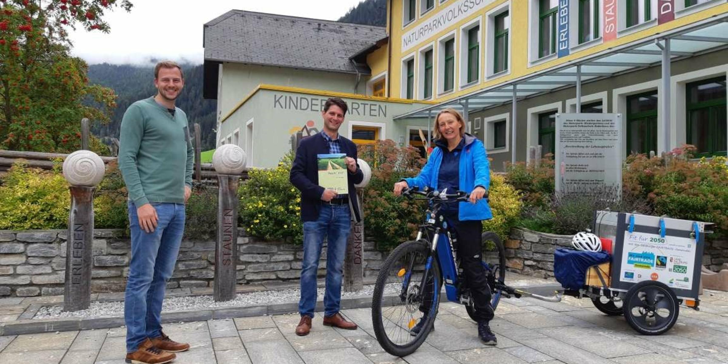 Besuch mit dem Fit für 2050 Radanhänger in der Gemeinde von Zederhaus